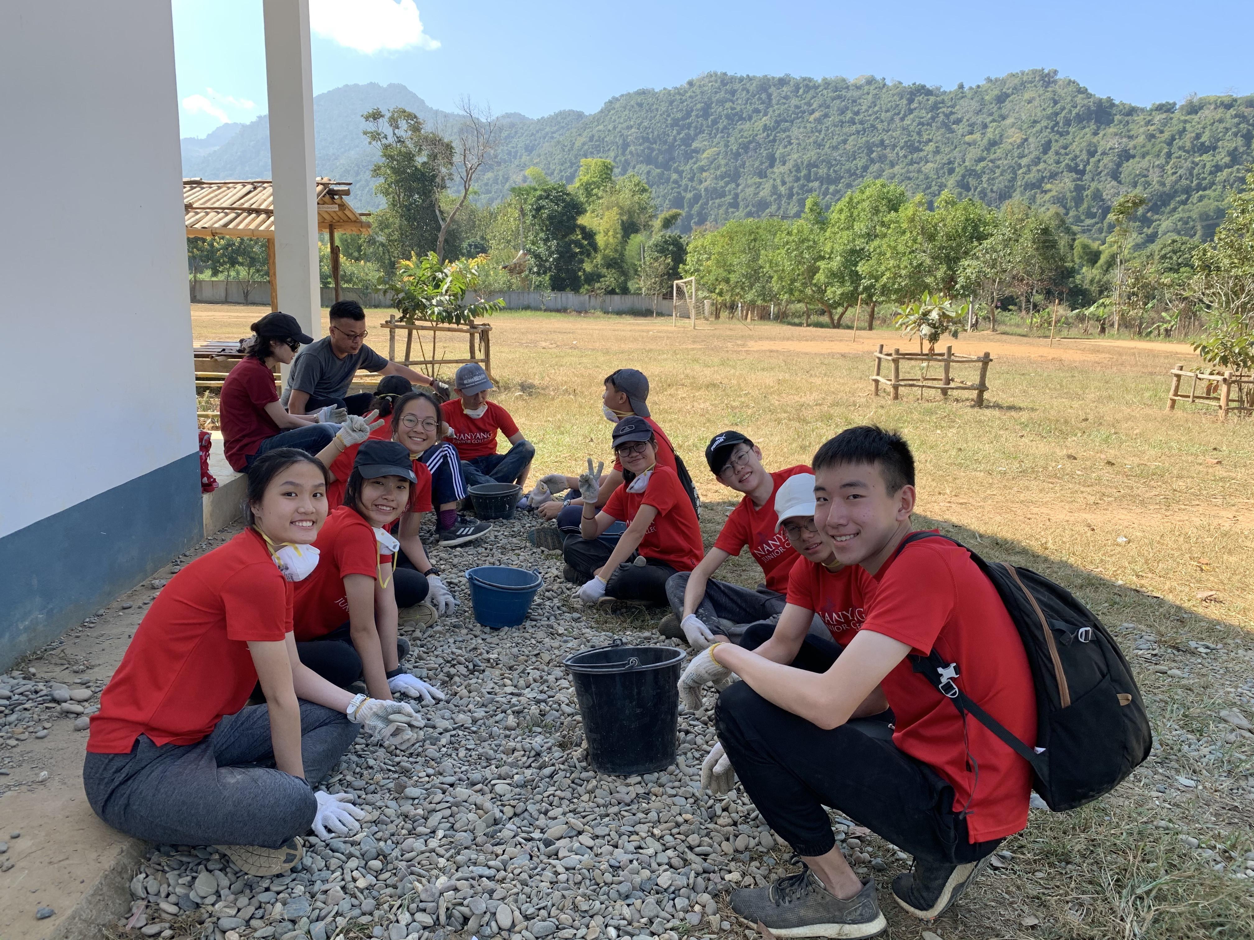 Xieng Mouark High School